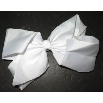 Super Bow White